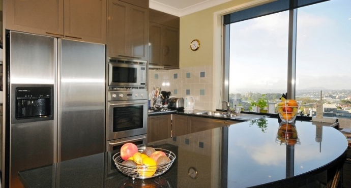 "Bargain of the Year. 300+m² Penthouse - Vendor says ""Sell Now"""