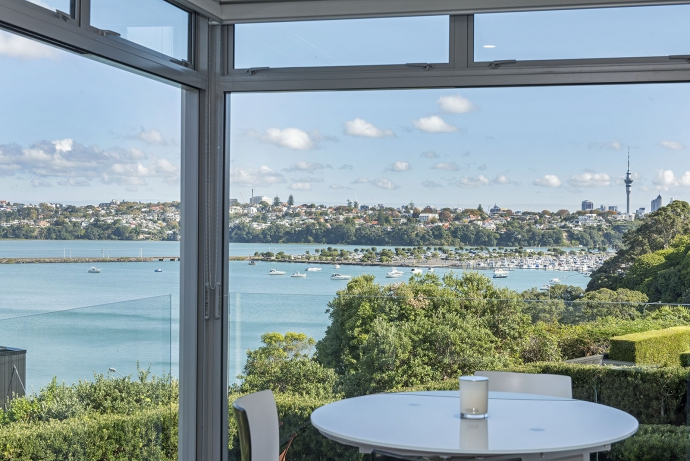 Peaceful Views across Hobson Bay + Family Sized Living